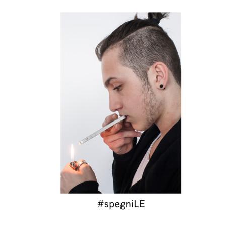 #spegniLE