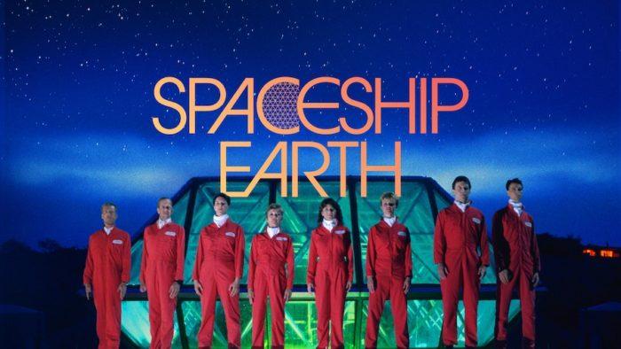 Spaceship Earth, Online Il 4 Novembre